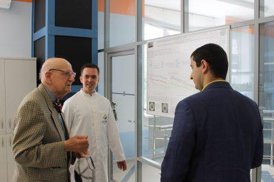 Микрохирург Виктор Крылов прочел лекцию о создании искусственного венозного клапана