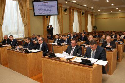 На Международный чемпионат по инновациям в области композитов в Казани пригласят Путина и Медведева