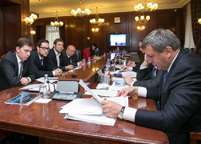 Главу Минрегиона России заинтересовали разработки Бауманских ученых в области применения композиционных материалов и изделий из них в строительстве и ЖКХ.