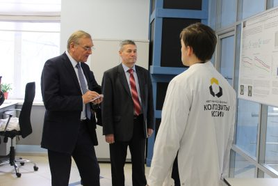 Представитель Военно-промышленной комиссии РФ ознакомился с разработками нжинирингового центра