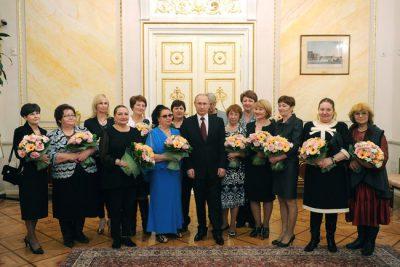 Президент РФ отметил роль женщин в науке на примере Бауманки