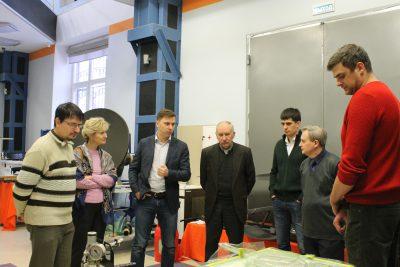 Представители Лицея № 1580 при МГТУ имени Н.Э. Баумана посетили МИЦ «Композиты России»