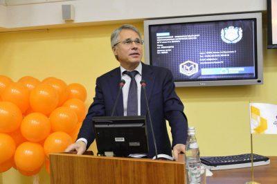 Команда «Композиты России» поздравляет ректора МГТУ с Днем Рождения!