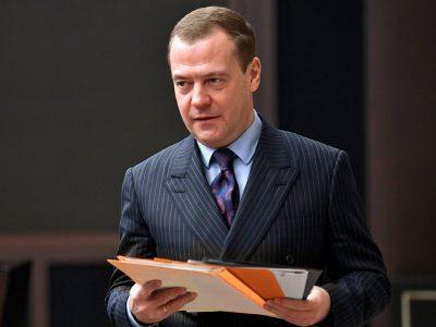 Дмитрий Медведев: «Сейчас мы восполняем нехватку инженерных кадров»