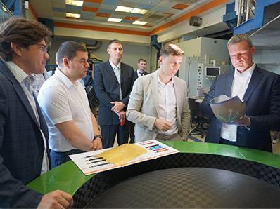 «Композиты России» и «Роснефть» обсудили возможности сотрудничества