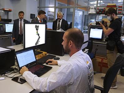 «Композиты России» работают над созданием протеза ноги из углепластика