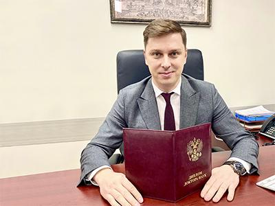 Владимир Нелюб получил высшую ученую степень