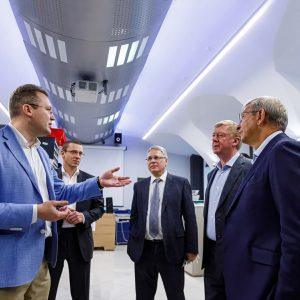 Главы Роснано и АФК «Система» посетили Бауманский университет